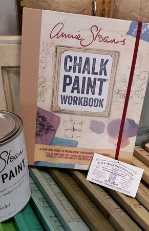 Annie Sloan's Chalk Paint Workbook: A practical guide to mixing color and making style choices
