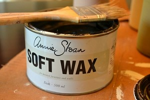 Annie Sloan DARK Wax (BROWN) 500ml largest tin available