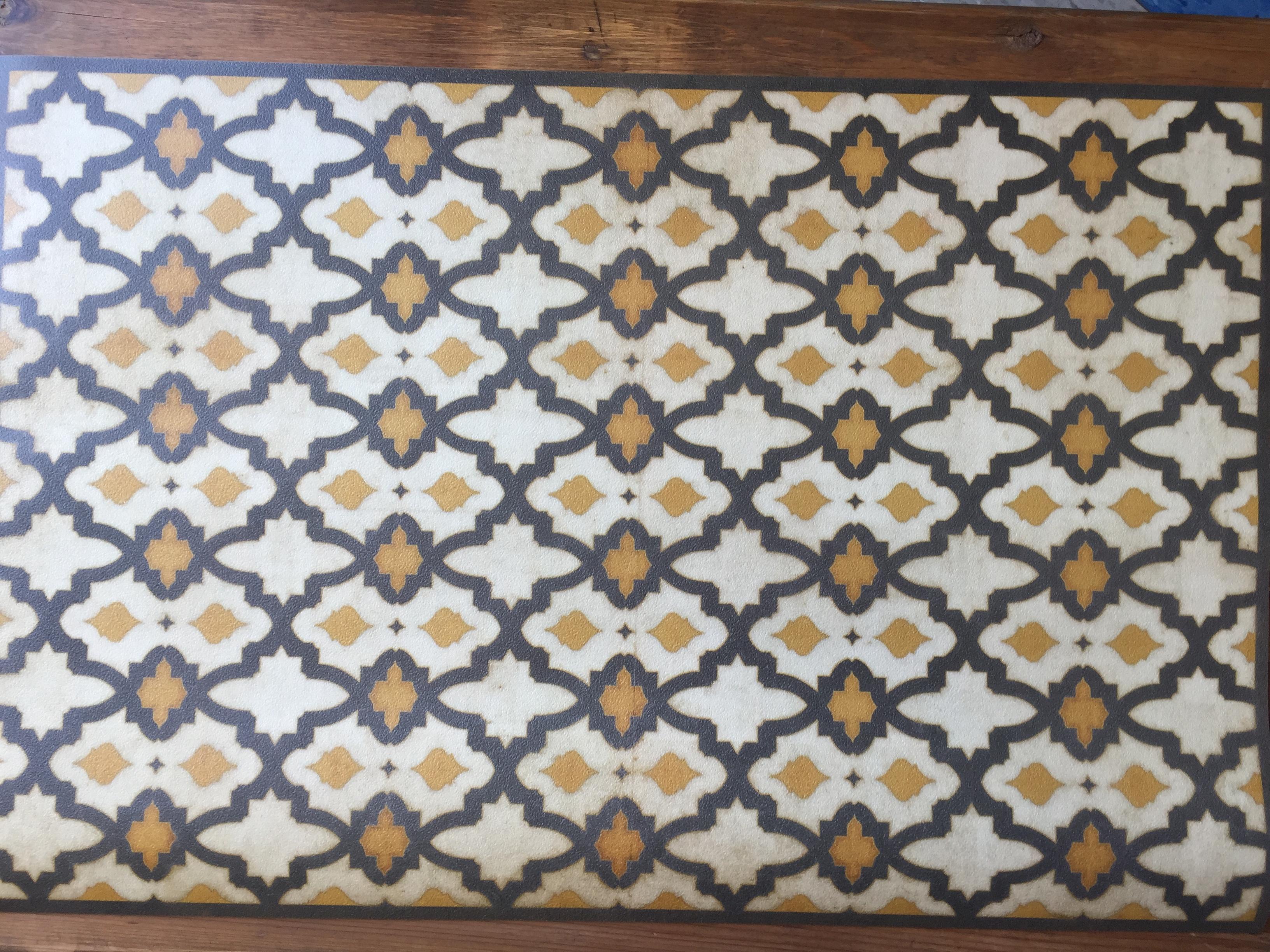 Vintage Vinyl Floor Mat 33