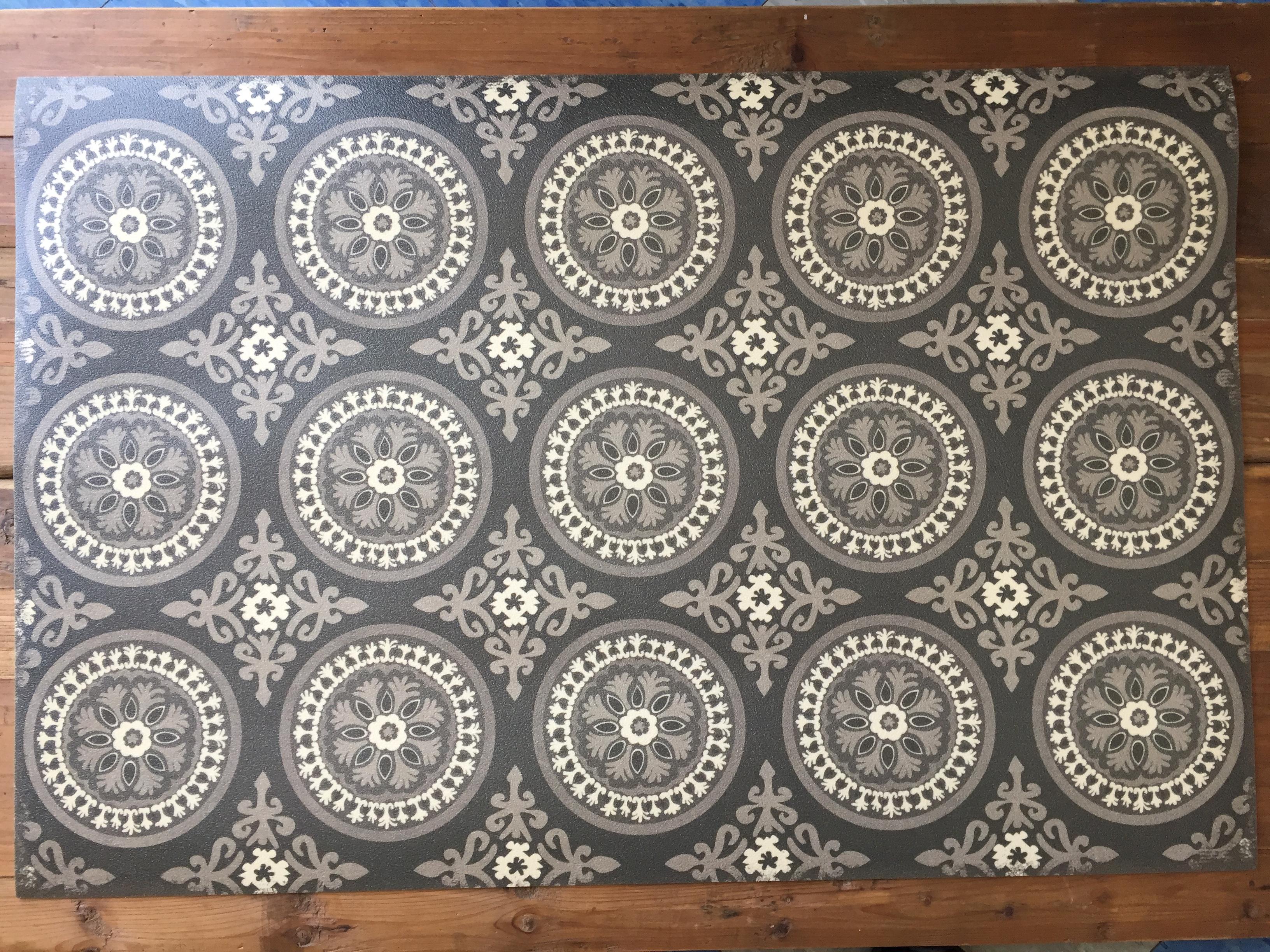 Vinyl Floor Mats >> Vintage Vinyl Floor Mat 6